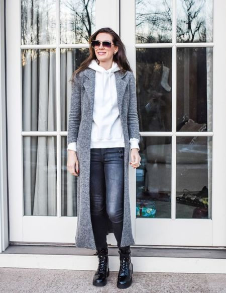 Trench coats are the perfect fall layering piece. They look awesome styled up and down. | #trenchcoats #transitionaljackets #errandsoutfit #airportoutfit #fallouterwear #darkdenim #falldenim #falljeans #combatboots #JaimieTucker  #LTKSeasonal #LTKstyletip