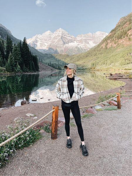 Colorado hiking outfit 🖤🏔  #LTKunder100 #LTKfit #LTKtravel