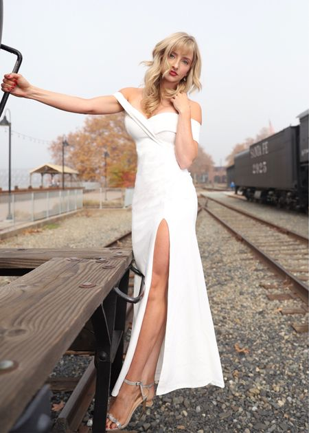 This is one of my favorite dresses! I felt like a princess in this dress. Definitely recommend! Beautiful for any formal event or photoshoot.   #LTKunder100 #LTKNewYear #LTKwedding