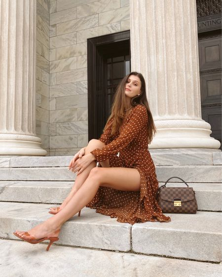 Effortlessly transitioning to a autumn wardrobe with this little number from @shopthemint  Plus loving the Italian vibe this dress is giving me! ☺️ Autumn is, in my opinion, the best fashion season! I adore all the warm colors, playing with different textures and prints, and of course, layering. http://liketk.it/2W3Bi #liketkit @liketoknow.it