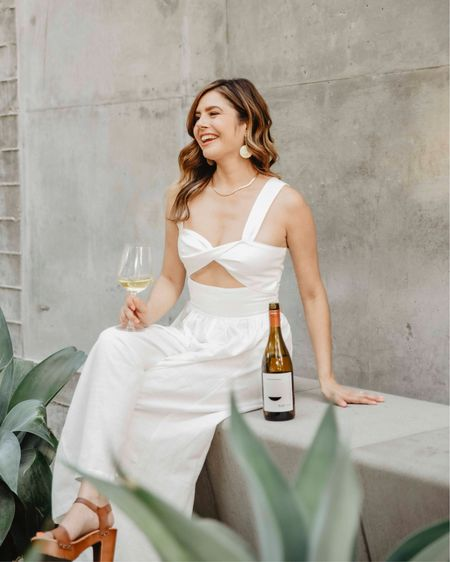 This white jumpsuit form Shein is perfect for a summer date and it's under $25  @liketoknow.it http://liketk.it/3iKvG #liketkit #LTKstyletip #LTKunder50 #LTKshoecrush