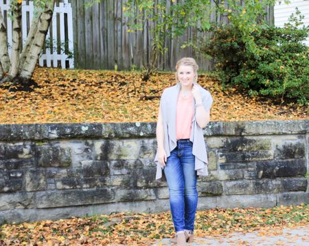 Getting personal on the blog this morning about comparison!🤗 And how it's the number one thing influencer's do. I'm also sharing my stories for comparison and how I have adapted to tricks and things to overcome the comparing. And  also to learn to love what I am doing. 🙌🏻 Also yay for finally getting some fun fall shots! 🍂🍂 http://liketk.it/2t1gk #liketkit @liketoknow.it