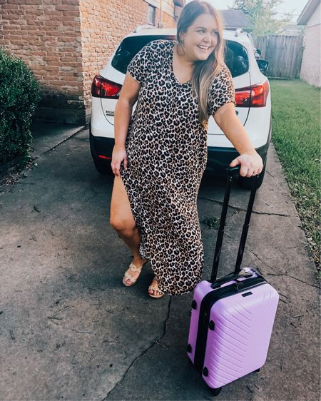 Vacation all I ever wanted 💕✌🏻✈️ J and I are headed to the beach next month and I figured it was a perfect time to share my ultimate travel tips and how to score CHEAP FLIGHTS. 🙌🏻😍 LINK IN BIO to get details on being the ultimate jet setter.   p.s. my leopard maxi is old, but I found some super similar ones on sale and linked them in the @liketoknow.it app. http://liketk.it/2DsXt #liketkit