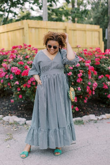 Kate Spade started their MDW promotion today!  It's up to 40% off and this gorgeous dress is included in the promo!  I'm wearing my normal size 16, so fit is TTS in my opinion. 10/10 recommend! http://liketk.it/3gaZW #liketkit @liketoknow.it You can instantly shop my looks by following me on the LIKEtoKNOW.it shopping app