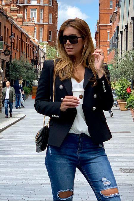 Fitted blazer look 🖤 with ripped jeans. @liketoknow.it @liketoknow.it.europe #LTKunder50 #LTKunder100 #LTKstyletip #LTKsalealert http://liketk.it/2BKDD #liketkit