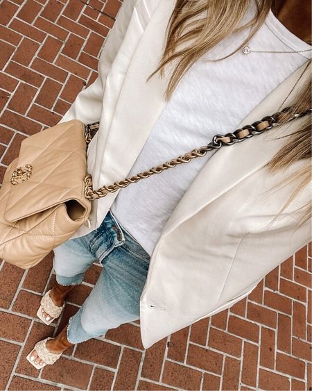 Love this white blazer (tts / xs) for summer with a white tshirt for a causal look #businesscasual #whitetshirt #summerfashion #nashvilleoutfits http://liketk.it/3fakl #liketkit @liketoknow.it #LTKunder50 #LTKunder100 #LTKstyletip