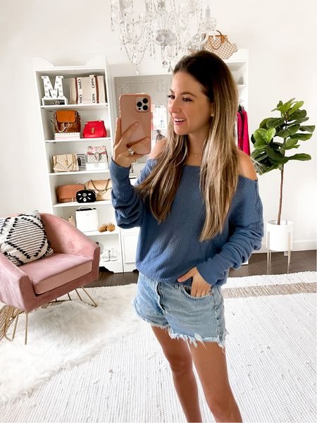 Off shoulder top small blue // Nordstrom Anniversary sale