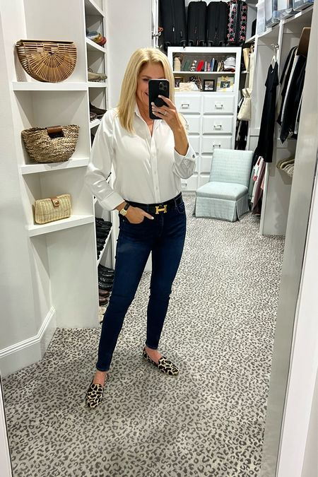 Classic everyday style. Size 0.5 top, jeans fit TTS    #LTKstyletip