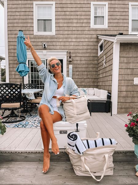 Lo and Sons totes 50% off!  Summer bag, summer beach bag, striped towel, beach gear   @liketoknow.it http://liketk.it/3jSfY #liketkit #LTKswim