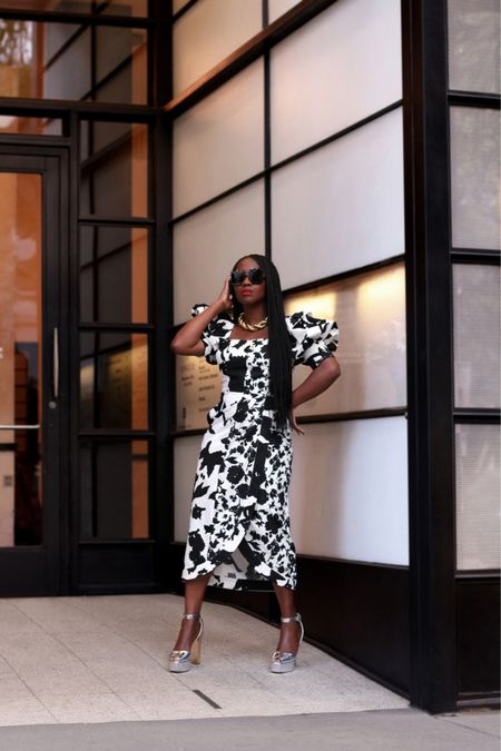 Prints play 🖤🐼🐾♣️🤍… I loved this dress in the yellowish green colour but ended up going for this black and white print version instead. I adore the fit. Working on a new blog post to go live tomorrow but for now, popping up here to say hello.  …   #LTKshoecrush #LTKstyletip