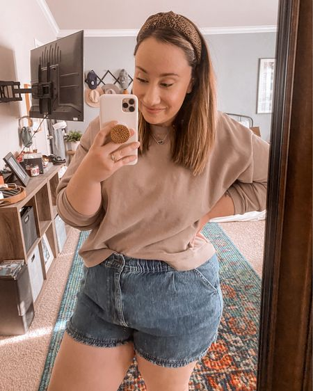 Hands down the BEST fitting shorts I've ever owned. So comfy, no gap in the waist, and comfortably fits over my thighs and butt. A curvy girl's dream. 🙌🏻 Follow me on the LIKEtoKNOW.it shopping app to get the product details for this look and others. http://liketk.it/3bxWl @liketoknow.it #liketkit #LTKSpringSale #LTKcurves #LTKunder100
