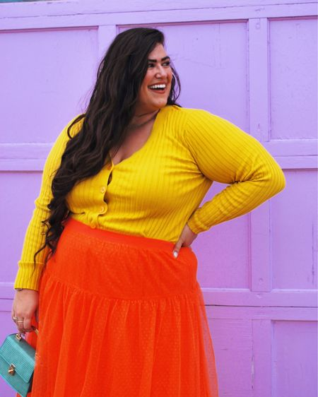 New kid on the color block 🧡💛 • Swipe over to see this #outfitcolorpalette and let me know what color you want me to style next! You can instantly shop my looks by following me on the LIKEtoKNOW.it shopping app http://liketk.it/3iTHQ #liketkit @liketoknow.it #LTKcurves #LTKstyletip #LTKunder50