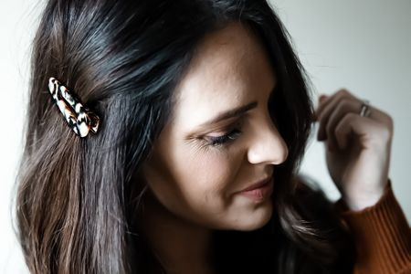 The smallest details can make the largest impact. 🖤  Linking this amazing hair clip and my other favorite affordable hair accessories for you here.   http://liketk.it/2IT9h #liketkit @liketoknow.it #LTKbeauty #LTKkids #LTKunder50