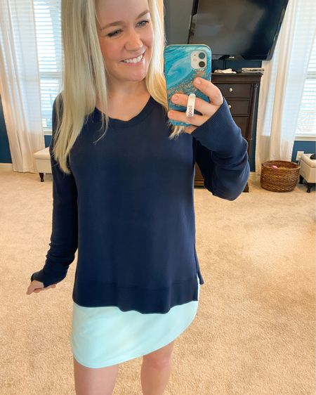 This Athleta sweatshirt is great for throwing on over sweaty workout tanks and running errands! It's lightweight and oh-so-comfy.    http://liketk.it/39usf #liketkit @liketoknow.it #LTKfit #LTKunder100 #StayHomeWithLTK