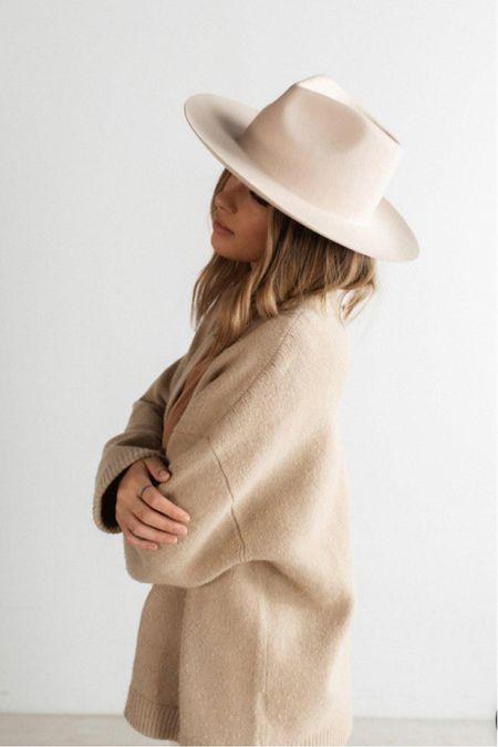 Obsessed with this rancher hat 🖤🤍🤎                      #Leeannbenjamin #stylinbyaylin #cellajaneblog #lornaluxe #lucyswhims #amazonfinds #walmartfinds #interiorsesignerella #lolariostyle  #fashionjackson #summerhat #hat