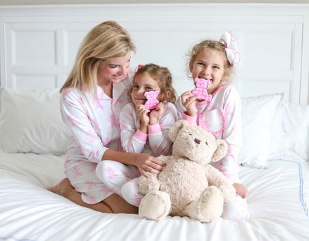 To celebrate #nationalteddybearday we are excited to share an exclusive Mom & Me collection  @smockedauctions created with a sweet friend of ours, @sweetcarolinedesigns.  • Isn't it a bear-y cute collection, don't worry it's also available in blue.   #LTKfamily #LTKkids #LTKunder50