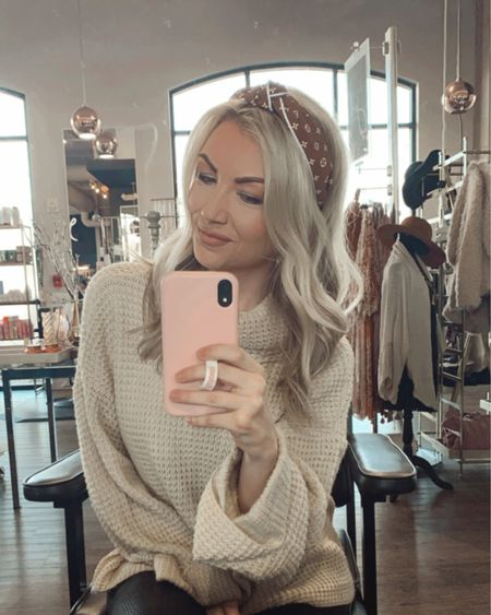 Hair accessories Shop your screenshot of this pic with the LIKEtoKNOW.it shopping app http://liketk.it/39JyY #liketkit @liketoknow.it #LTKbeauty #LTKstyletip #LTKunder50