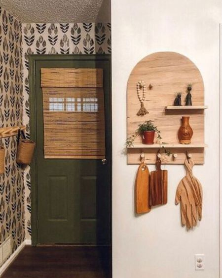 Shop this small entryway and visit my Instagram to see how to make the arch shelf @baker.blooms http://liketk.it/328jB #liketkit @liketoknow.it #LTKhome #StayHomeWithLTK #LTKgiftspo Screenshot this pic to get shoppable product details with the LIKEtoKNOW.it shopping app