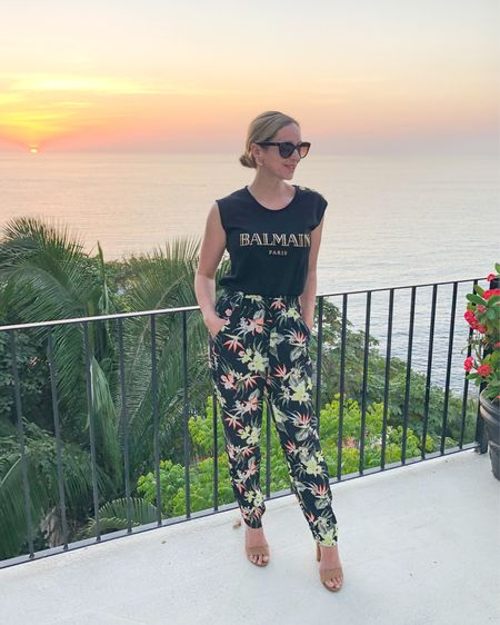 My fun floral pants are BACK! At just $10, I love them juxtaposed with this Balmain top. Mixing high/low always creates a great look! Linked it all for you on @liketoknow.it . http://liketk.it/3cWFy #liketkit #LTKtravel #LTKstyletip