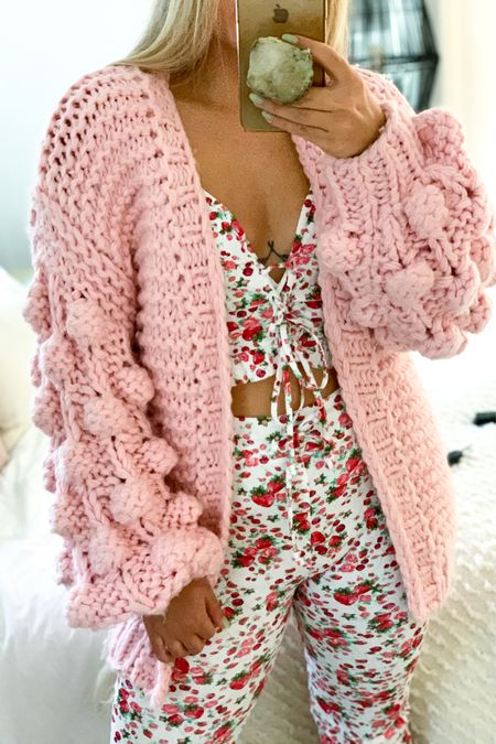 Pink strawberry cuteness💗🍓Love this print from LSF✨/ #liketkit @liketoknow.it #LTKunder100 #LTKstyletip #LTKSpringSale #cardigan #knit #handknit #pink #springprint #spring #cozy #pinkcardigan #girlystyle #popsocket http://liketk.it/3cpiI