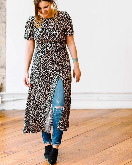 The most flattering and versatile dress I've ever bought! On the blog now (link in bio)!   🐆🐆🐆🐆🐆🐆🐆🐆🐆🐅🐆🐆🐆🐆🐆🐆🐆   http://liketk.it/2ApnS #liketkit @liketoknow.it #LTKunder100 #LTKstyletip #leopardprint #themomedit #themomeditstyle