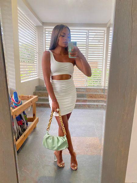 Amazon finds Dumpling handbag White dress   #LTKstyletip #LTKshoecrush #LTKunder50