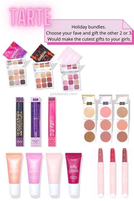 Holiday gifts for the girls. Makeup kits http://liketk.it/2WDrd #liketkit @liketoknow.it #LTKbeauty #LTKsalealert #LTKstyletip