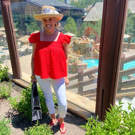 Kicking off 4th of July week🇺🇸❤️🧨💙 With a little Outfit inspo 🇺🇸 . You Guessed it🇺🇸this weeks theme is red white and Blue❤️💙🇺🇸… I'll be sharing a week full of All things 4th of July! From Outfits, Decorating and some of our families Favorite recipes❤️💙🧨 . Do you have plans for the 4th?🧨🇺🇸💙❤️ . For those of you wondering about Yesterday's Sunday Dinner post…. I took the Day off social Media,  spent it working on a big home project🎨 I'll share with you soon!  I promise I have several recipes to share this week🍽 . . .  Shop my daily looks by following me on the LIKEtoKNOW.it shopping app Download the LIKEtoKNOW.it shopping app to shop this pic via screenshot http://liketk.it/3iArz #liketkit @liketoknow.it #LTKstyletip