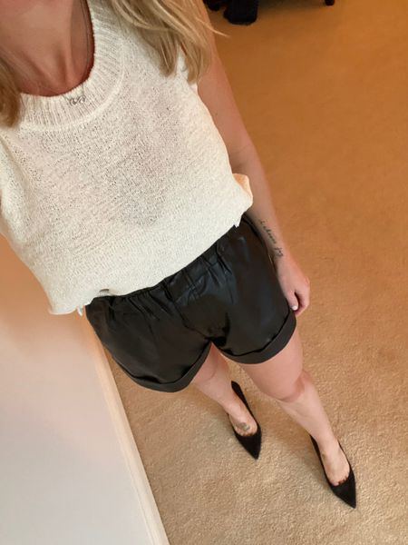 Obsessed with these shorts!   http://liketk.it/2Wccr #liketkit @liketoknow.it You can instantly shop my looks by following me on the LIKEtoKNOW.it shopping app #LTKstyletip #LTKunder100