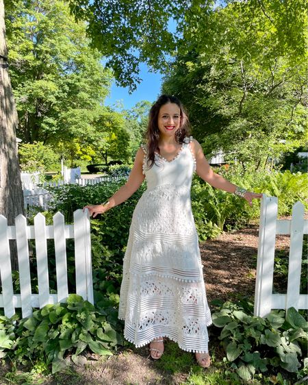 A white dress is all you need this summer #whitedress #summerlook http://liketk.it/3j5Wl #liketkit @liketoknow.it #LTKcurves #LTKunder100 #LTKstyletip Shop your screenshot of this pic with the LIKEtoKNOW.it shopping app Shop my daily looks by following me on the LIKEtoKNOW.it shopping app Download the LIKEtoKNOW.it shopping app to shop this pic via screenshot You can instantly shop my looks by following me on the LIKEtoKNOW.it shopping app