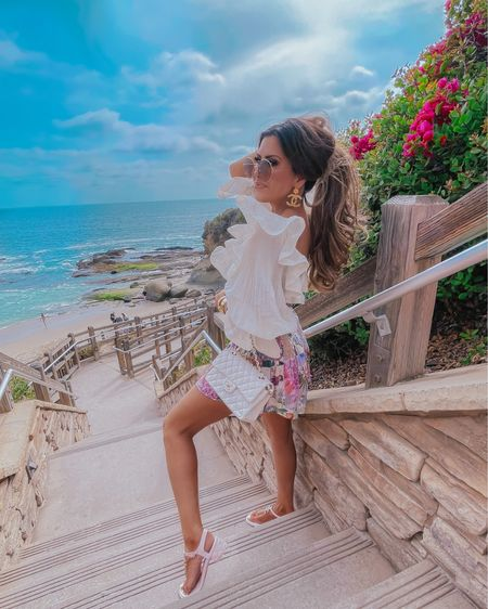http://liketk.it/3fdKk #liketkit @liketoknow.it  beach outfit, travel outfits, beach vacation, Chanel, favorite sunglasses, packing list, sunglass guide, sunglasses guide, favorite sandals, Emily Ann Gemma