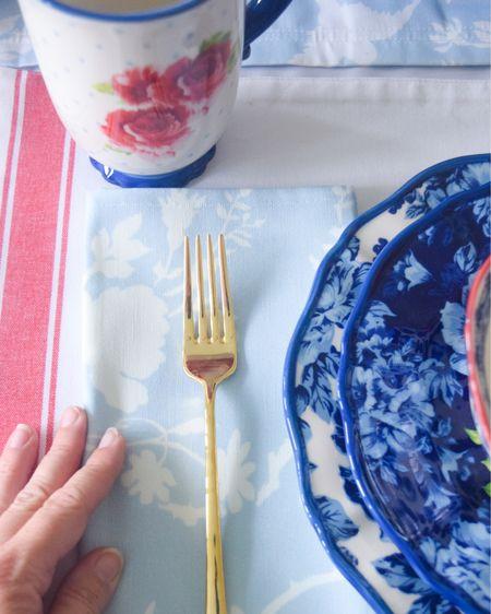 Pattern on [red white & blue] pattern is my favorite 🤩  #ad #walmarthome #walmartfinds #walmartdeals #4thofjuly #summerdecor #homedecor #july4th #backyardentertaining #tablescape #liketkit @liketoknow.it #LTKhome @liketoknow.it.home http://liketk.it/3iFov