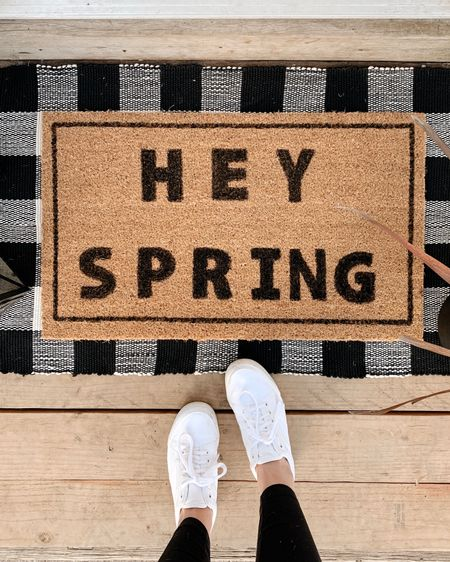 DIY doormat just in time for spring 🌸 http://liketk.it/3av5Y #liketkit @liketoknow.it #LTKSeasonal #StayHomeWithLTK #LTKhome @liketoknow.it.home Follow me on the LIKEtoKNOW.it shopping app to get the product details for this look and others