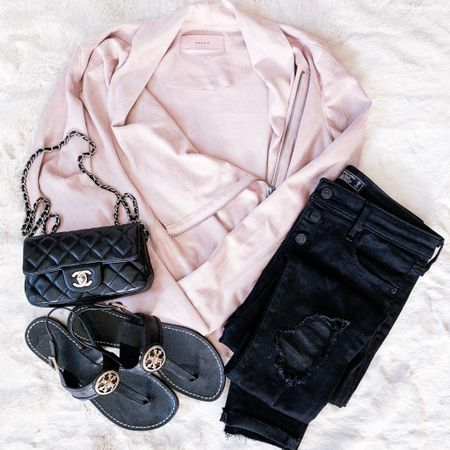 Not gonna lie, I'm really into this pink + black combo. It's sweet and sassy...like my favorite BBQ sauce 😏 Ok, I digress...but this jacket is buttery soft and under $100. . . . You can instantly shop all of my looks by following me on the LIKEtoKNOW.it app @liketoknow.it #liketkit #LTKunder100 #LTKstyletip http://liketk.it/2AQP5