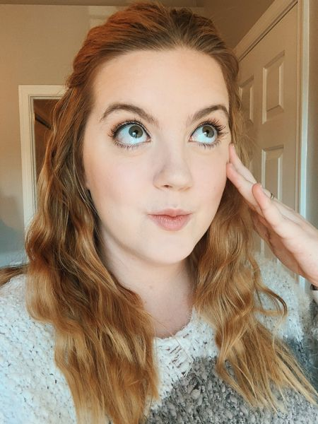 """I used to be really insecure about how big my eyes are. I used to think I looked like a goldfish, but now I love them. I actually used to be insecure about a lot of things. I was insecure about gaining weight in college, I was insecure about not being the """"smart kid"""" anymore. I struggled with my self worth in the amount of money I make.  In 2020 I want to challenge you guys to think about this before you go judging yourself because of what other people think of you... What be of it does this bring to your life? Does this persons opinion add anything to your life? Do these negative thoughts about yourself add anything to your life? Do these people who judge you add anything to your life? In 2020, I'm adding value to my life by being the best version of myself I have ever been. That means showing up in the image I see of myself, no one else's and let me tell you, she's incredible.   http://liketk.it/2Ihwp #liketkit @liketoknow.it Screenshot this pic to get shoppable product details with the LIKEtoKNOW.it shopping app #LTKbeauty"""