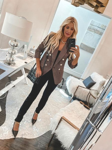 How chic is this gorgeous brown blazer for fall! It runs tts I'm wearing an Xs.  Follow my shop on the @shop.LTK app to shop this post and get my exclusive app-only content!  #liketkit #LTKSeasonal #LTKstyletip #LTKunder100 @shop.ltk http://liketk.it/3nFEc