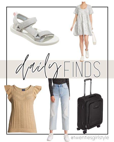 Daily Finds- Amazon ruffle tank top, ankle jeans, carry-on luggage, sport sandals and more on sale🙌🏻 http://liketk.it/3ib1k @liketoknow.it #liketkit #LTKsalealert #LTKtravel #LTKshoecrush