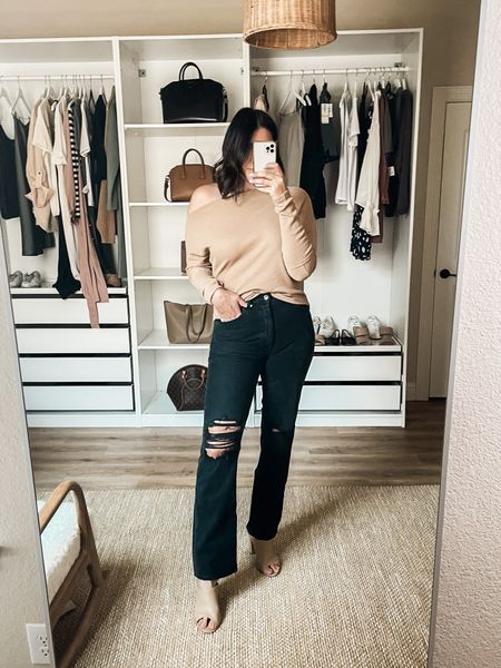 Nordstrom Try on!   I'm in the 29 of the Agolde jeans. They are 100% cotton, no stretch so I always size up. They stretch with wear but not in a whole size kind o a way. Fit is more of a straight leg than a true flare. It's tighter at the hips / waist.   I'm in the medium of the top. TTS fit and more fitted than most Free People, so don't size down!   #LTKunder100
