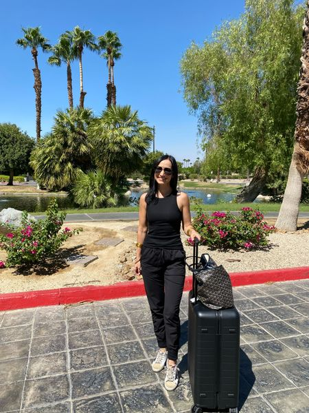 Oh hi, Palm Springs🌴☀️ Excited to be here for the @ndmedjooldates Harvest Tour! I'll be taking y'all along, as we learn more about how/where these flavorful dates are grown.   ICYMI- I have several recipes featuring Natural Delights medjool dates on the blog already and I'll continue to share a new recipe each month with this exciting partnership!   #raisedonsunshine #naturaldelights #medjooldates #ndmedjooldates #recipeblogger #dallasblogger #travelblogger #away   #LTKtravel #LTKfit #LTKSeasonal