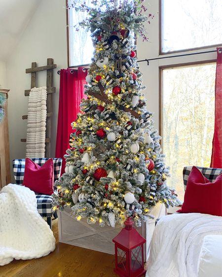 Christmas decor ❤️🌲  #LTKsalealert #LTKhome