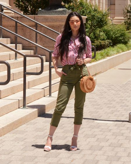 ❤️ A new outfit post on my blog sweetraspberryjam.blogspot.com (link in profile) check it out ❤️ OR  Follow me on the @liketoknow.it  shopping app to get the product details for this look and others - http://liketk.it/2UQGF #liketkit #LTKunder100 #LTKunder50 #LTKstyletip  . . . 📸: @joyebenspiff