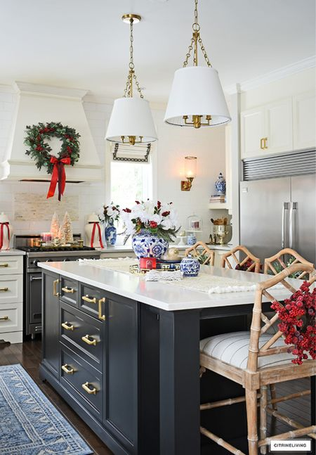Kitchen Christmas decorating in classic style in blue and white and red!  #LTKhome #LTKstyletip #LTKHoliday