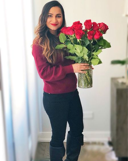 Imagine my excitement when I had flowers delivered today! With how quickly ur days and nights all seem to blend in, stopping to smell the roses today was quite literally amaxing! Happy Valentine's Day!   http://liketk.it/2KlQ9 #liketkit @liketoknow.it #valentinesday #jcrew #roses #valentines #love #myvalentines #loved #LTKunder100 #LTKsalealert #LTKspring