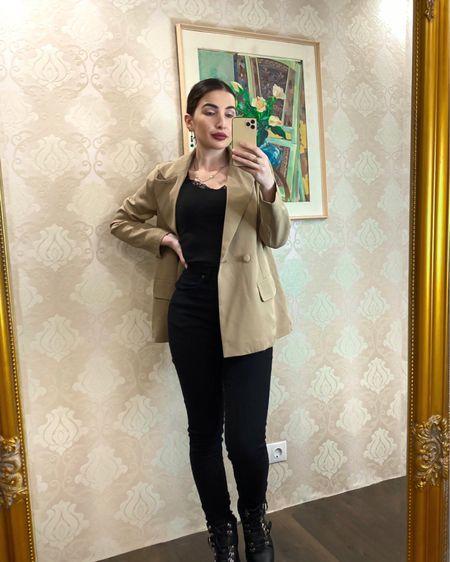 Height 5'7 Blazer Uk size 8   #summer #fashion  #prettylittlething #boohoo #ootd #jeans #style #trainers #outfitoftheday #dress  #liketkit #LTKbeauty #LTKeurope @liketoknow.it @liketoknow.it.europe http://liketk.it/3d1nC