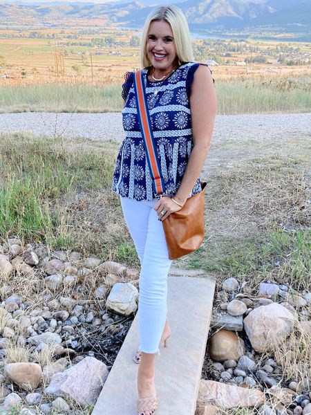 There's nothing more beautiful than summer nights ☀️ Way to wear Wednesday… brings a cute Summer night date look, with a hobo bag from @socialthreads you can wear two ways❤️❤️ And this darling Navy and embroidered Floral Top! The hem line and sleeve detail is so cute❤️❤️❤️  Paired with white skinny jeans and this seasons braided sandal❤️ .   #LTKitbag #LTKstyletip #LTKunder100