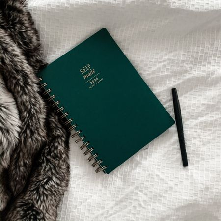 My 2020 planner I am using to track habits and my goals for blogging.  Such a great planner for anyone with big goals, side hustles or is an entrepreneur.    http://liketk.it/2IP8a #liketkit @liketoknow.it
