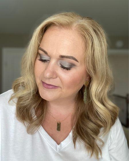 Quick date night makeup! http://liketk.it/3jY54 #liketkit @liketoknow.it