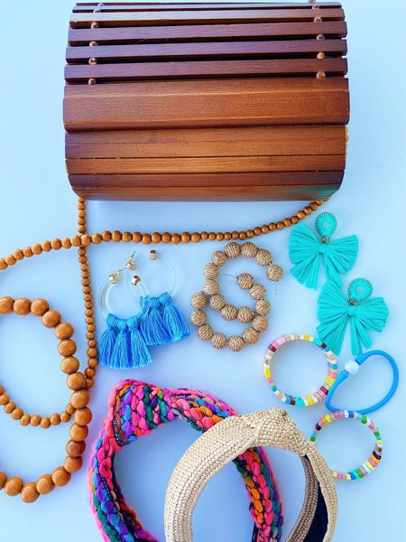 Accessories from the cruise this weekend! The bag is on SALE too & such a favorite of mine 🤗