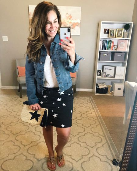 It's ⭐️FRIDAY⭐️ I'm with my best friend @reganmortonphotography for the morning and I'm all hearts and stars because we have SO MUCH FUN TOGETHER!!  👉🏼Grab this cute grey star skirt for the times you want to be comfy yet cute. It has weird sizing so I'm in a 3 for size 10/12. The tank is tts, M // sandals size up 1/2 size.    #LTKunder50 #LTKunder100 #LTKstyletip #LTKcurves #starskirt #stars http://liketk.it/2Cdfa #liketkit @liketoknow.it