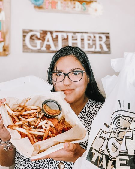 Enjoying some delicious wings and fries in the comfort of my own home and guess what... it was delivered too 😌 I can order whatever I want, whenever I want thanks to my Grubhub Student Membership #stayinandsave #ad . http://liketk.it/2PMkn #liketkit @liketoknow.it